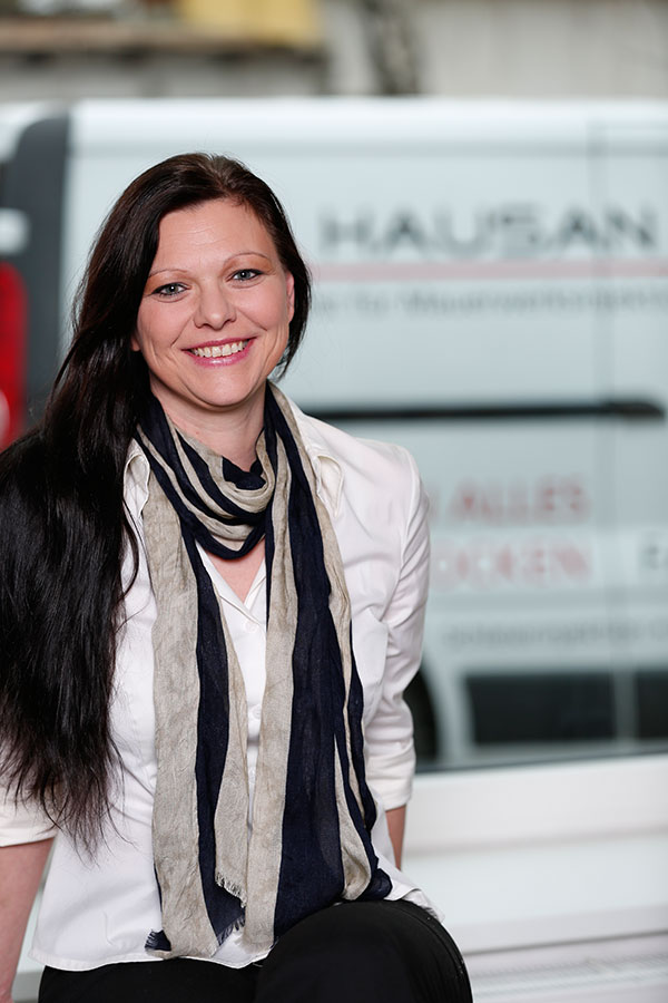 Sandra Steininger - Geschäftsführung Hausan Bau GmbH